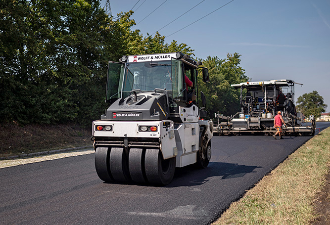Straßenwalze Wegbereiter Vielfalt öffentlicher Dienst Straßenbau-Expertin